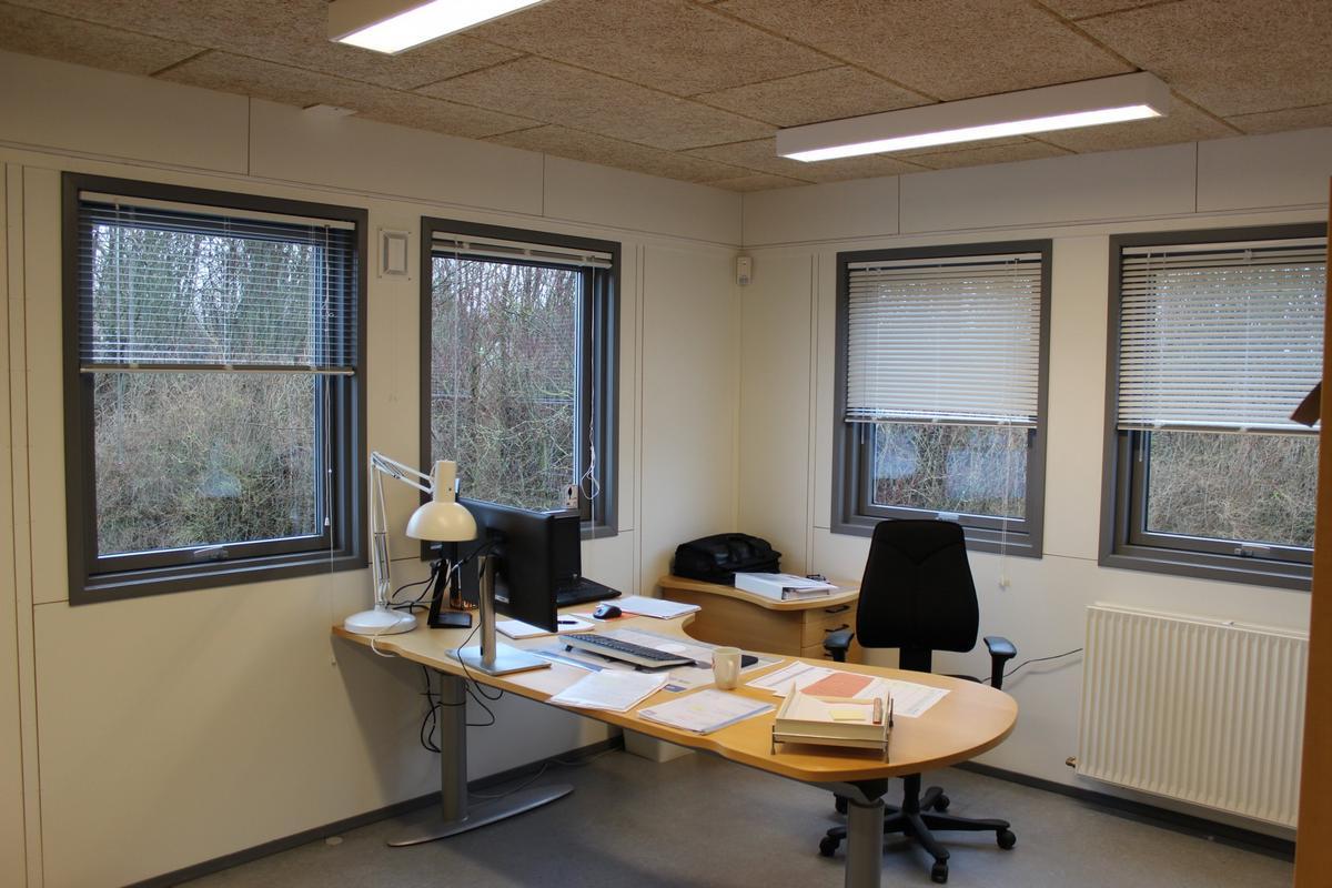 Eksempel på et kontor indrettet i en kontorpavillon
